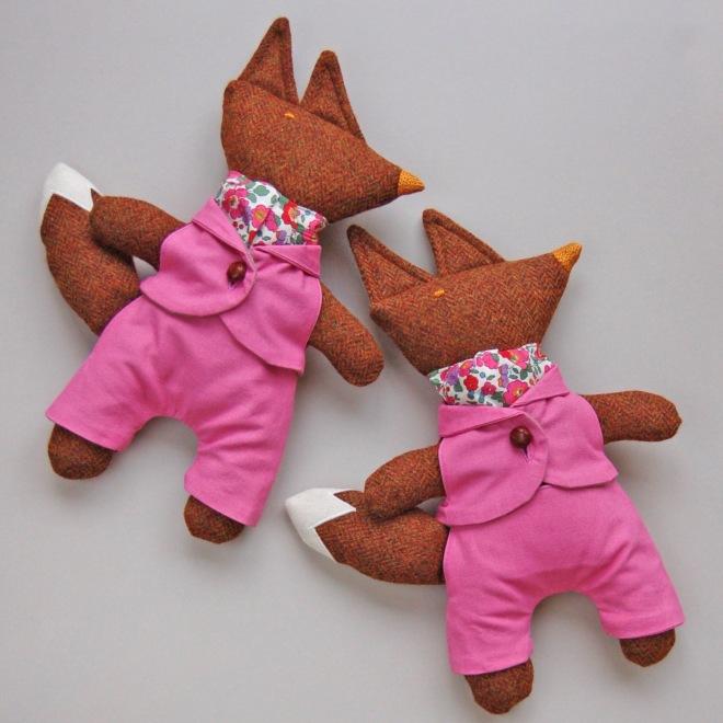 PinkFoxTwins